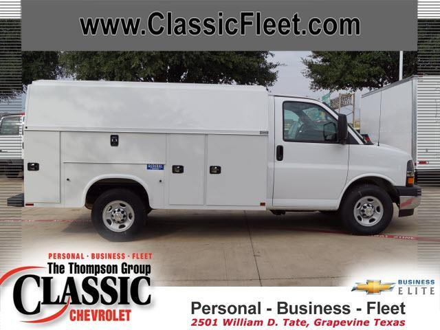 2017 Chevrolet Express Commercial Cutaway  Utility Truck - Service Truck