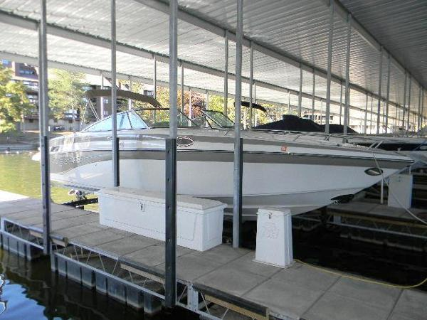 2005 Crownline 288BR