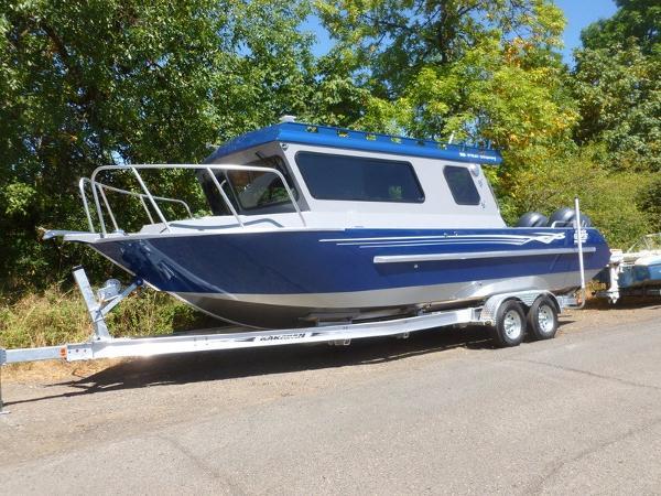 2016 RH Boats 26' Pro Cuddy