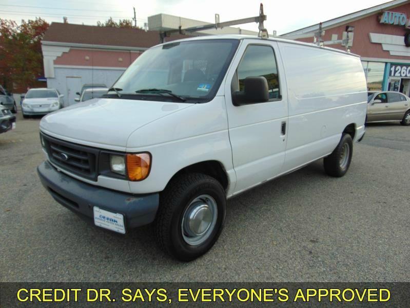 2003 Ford Econoline Cargo Van E-350