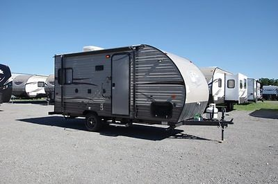 2017 Wolf Pup 17 CJ Travel Trailer Rear Living RV