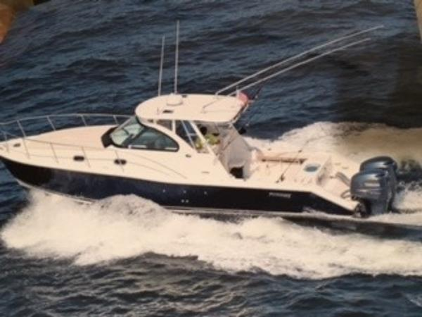 2007 Pursuit 3370 Offshore