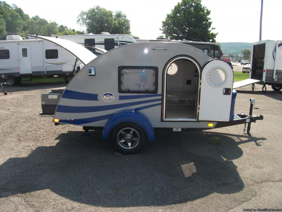 Brand new 2017 Blue and Silver T@G Teardrop camper by Little Guy ONLY 1000 lbs