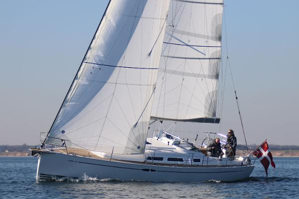 2017 X-Yachts Xc 35