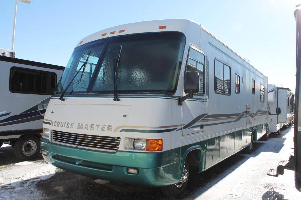 1997 Georgie Boy Cruisemaster 3190W