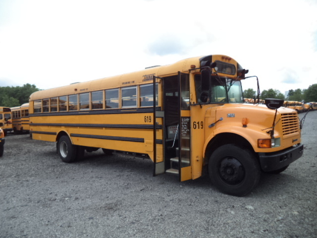 1999 International 3800 Bus