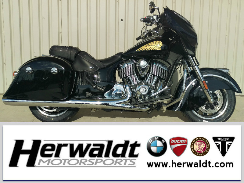 2017 Indian Chieftain Thunder Black Pearl