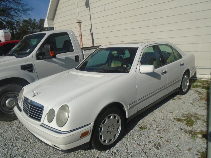 1997 MERCEDES-BENZ E 300D