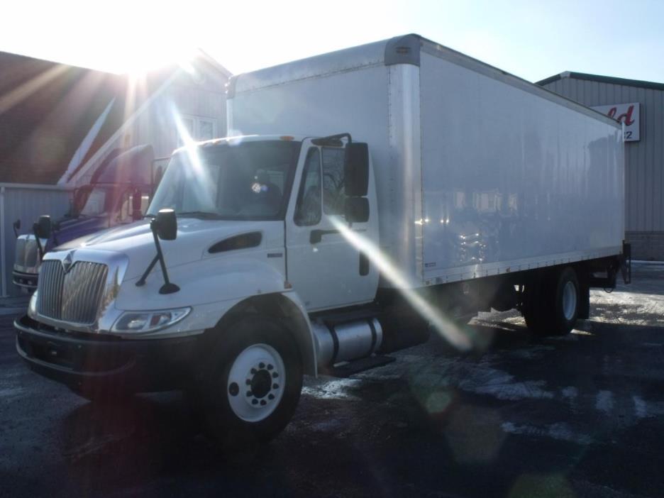 2011 International 4300 Sba  Box Truck - Straight Truck