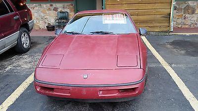 1987 Pontiac Fiero GT 1987 Pontiac Fiero GT + Chilton manual