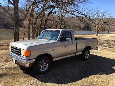 1987 Ford F-100 Base, Cloth Ford F-150 Custom