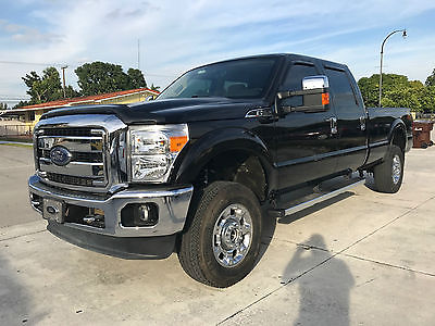 2014 Ford F-250 XLT Crew Cab Pickup 4-Door 2014 FORD F-250 SUPER DUTY! POWER FOLD, CENTER CONSOLE, SPRAY IN BED LINER