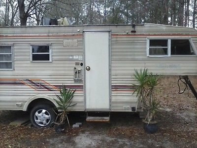 Camper With Loft 16 Ft