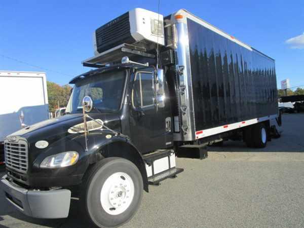 2009 Freightliner M2 106  Refrigerated Truck