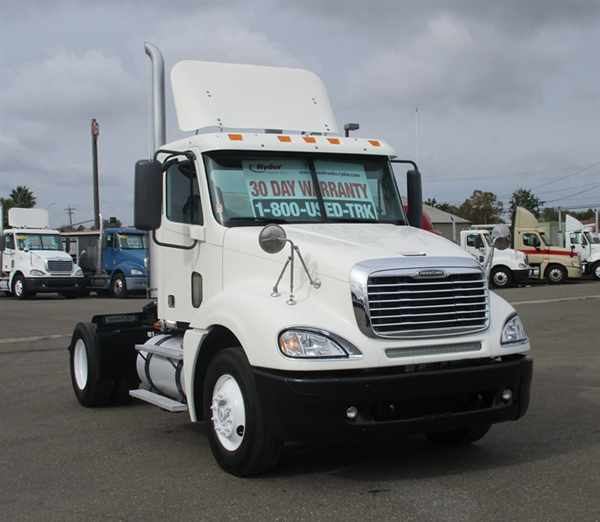 Freightliner Columbia 120 cars for sale in California