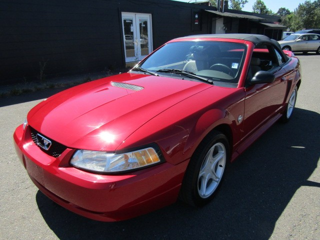 1999 Ford Mustang Convertible GT 5 SPEED 1 OWNER LOW MILES *RED*