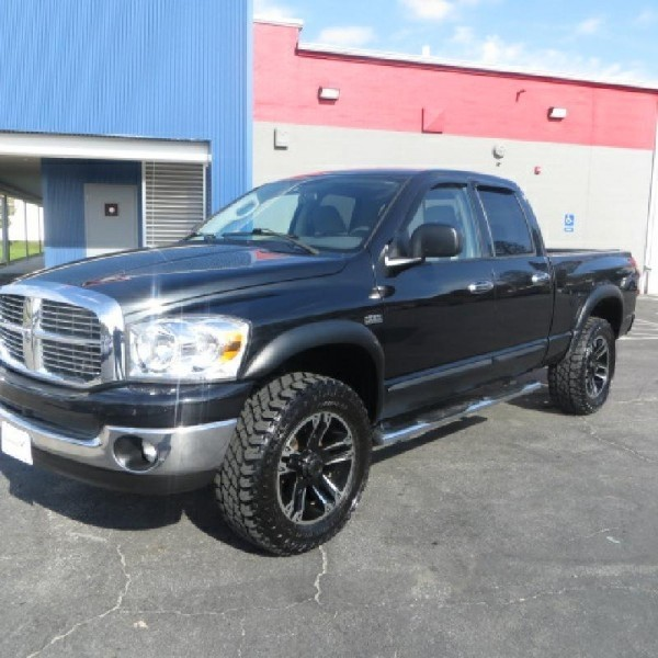 LET YOUR TAX DOLLARS GO TO WORK FOR YOU TODAY!!! 2007 Dodge Ram 1500 4WD Quad Cab  Laramie
