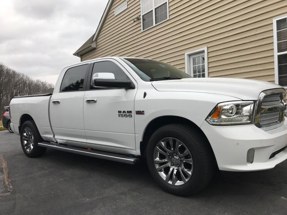 2014 Ram 1500 Limited 4x4 V8 HEMI Engine Crew Cab Truck Leather RAM 2014 1500 LIMITED CREW 6.5 Alpine Leather Towing Nav Backup AIR Suspension