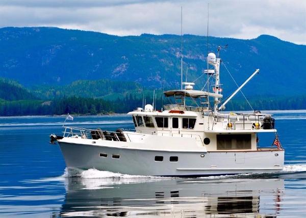 1999 Selene Ocean Trawler 43