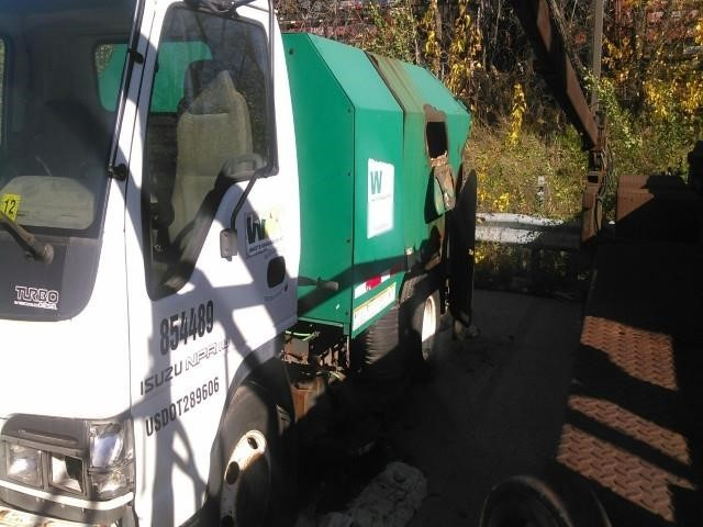 2004 Isuzu Npr  Sweeper
