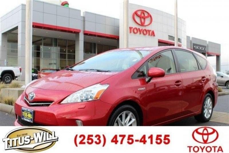 2012 Toyota Prius v V,LTHR,NAV,AC,CD