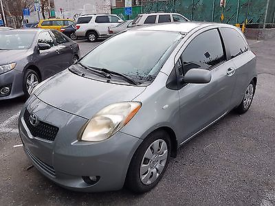 2007 Toyota Yaris Base *Manual* 2007 Silver Toyota Yaris, 91K miles, Great Condition
