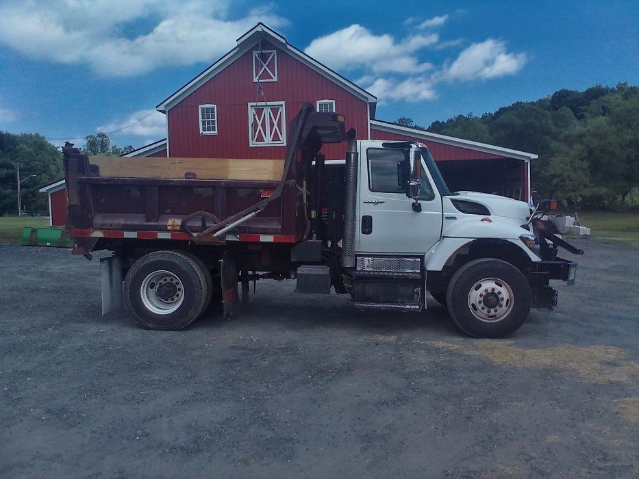 2008 International Workstar 7400  Plow Truck - Spreader Truck