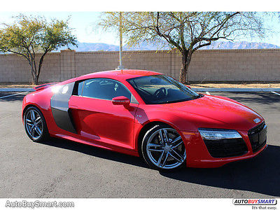 2014 Audi R8 V10 Quattro 2014 Audi R8 V10 Quattro 2861 Miles Brilliant Red Coupe 10 Automatic