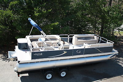 New 24  RE Cruise Grand Island pontoon boat--