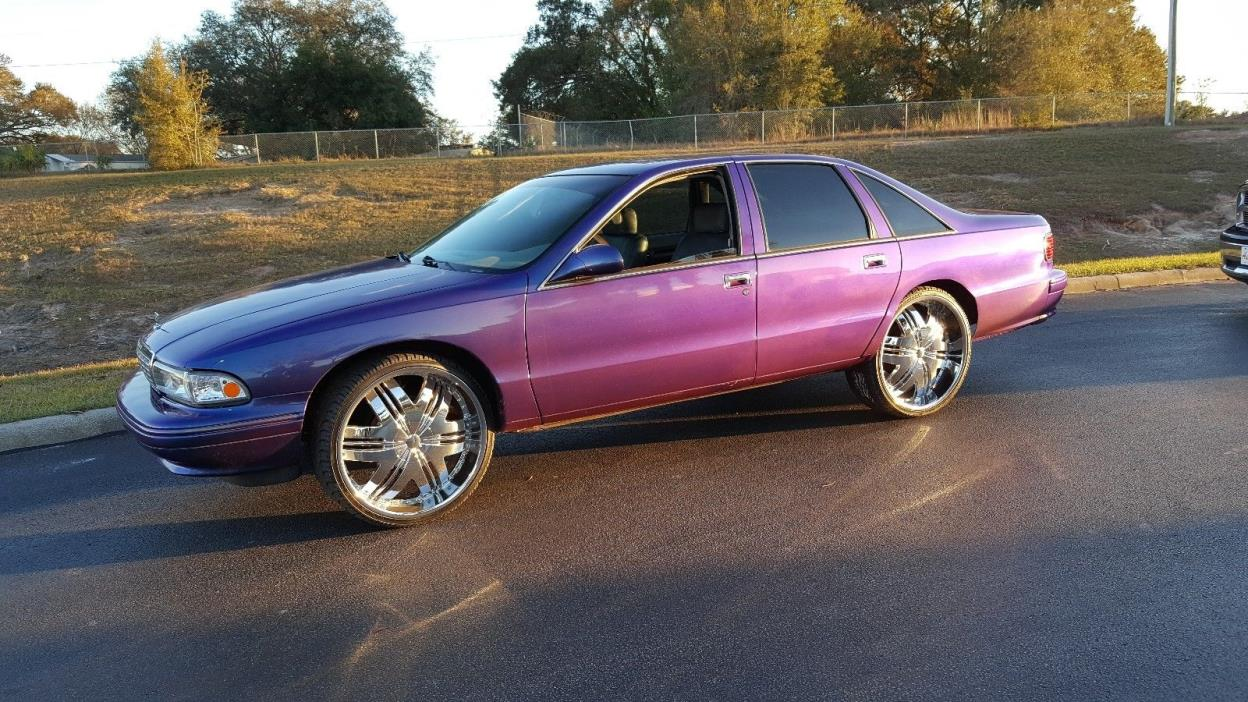 1994 Chevrolet Caprice 1994 CHEVROLET CAPRICE WITH 24 INCH RIMS Must see