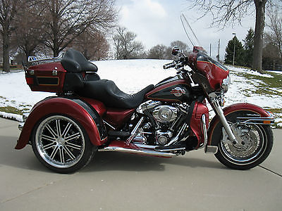 2007 Harley-Davidson Touring  2007 Harley Davidson Ultra Classic with new Eurowing trike conversion