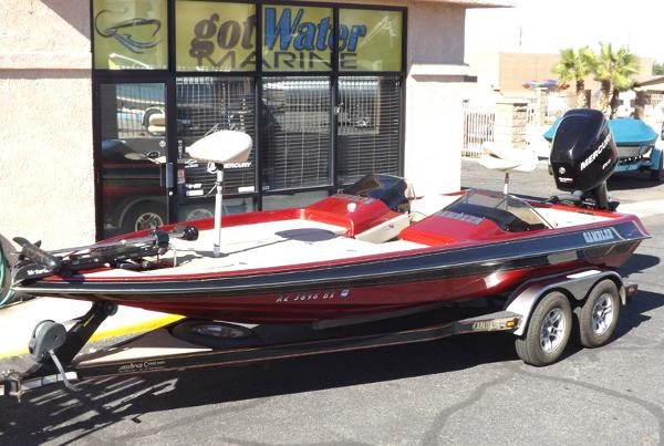 2006 Gambler 2100DC Bass Boat