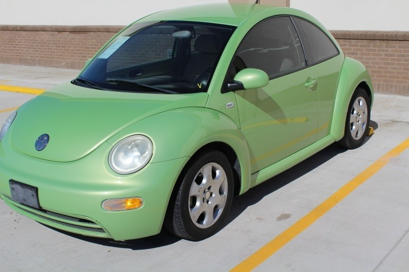 2003 Volkswagen New Beetle Coupe 2dr Cpe GL Auto