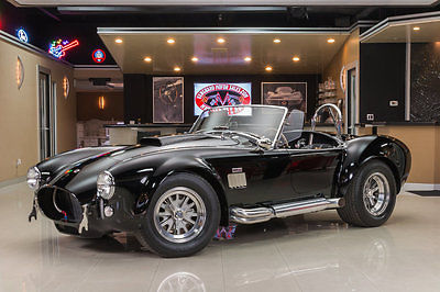 1965 Shelby Cobra  Superformance! Ford Motorsport 460ci V8 (580hp), TKO 5-Speed Manual, Low Mileage