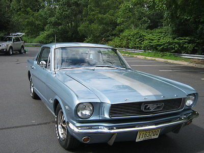 1966 Ford Mustang Coupe 4BRL Auto with pin stripes 1966 FORD MUSTANG