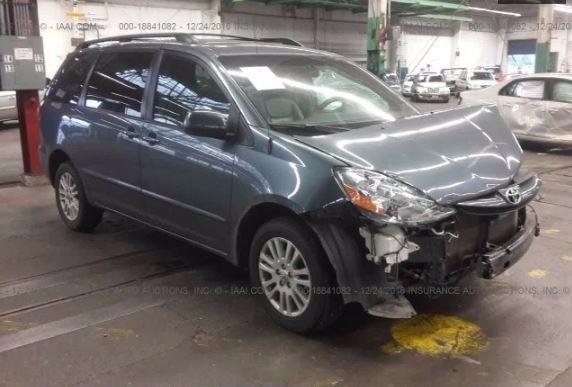 2009 Toyota Sienna XLE AWD (Natl)