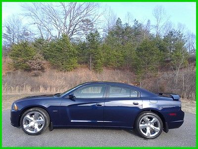 2014 Dodge Charger R/T 2014 DODGE CHARGER R/T HEMI 5.7L - $368 P/MO, $200 DOWN!