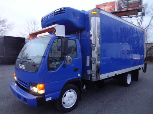 2005 Isuzu Nqr Refrigerated Truck