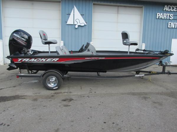 Aluminum fishing boats for sale in windsor charter for Fishing boats for sale in michigan