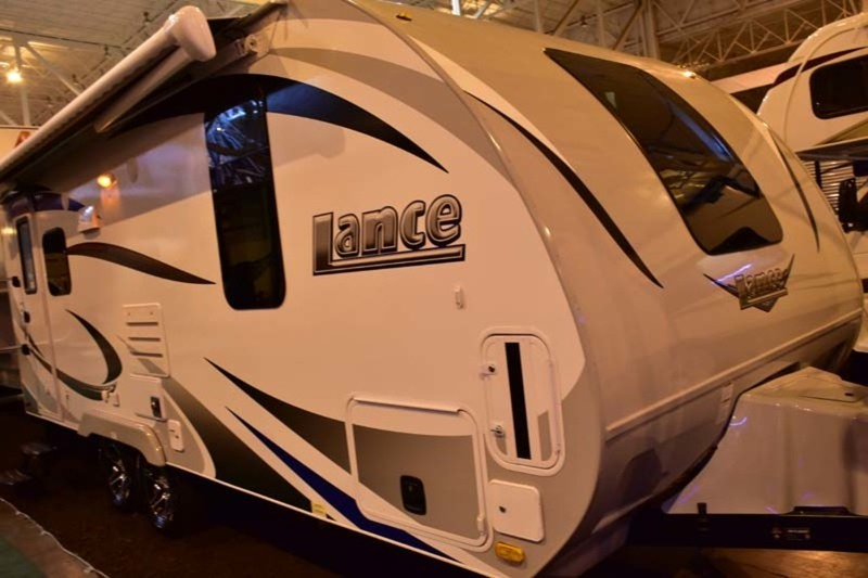 2017 Lance Travel Trailer Lance 1995