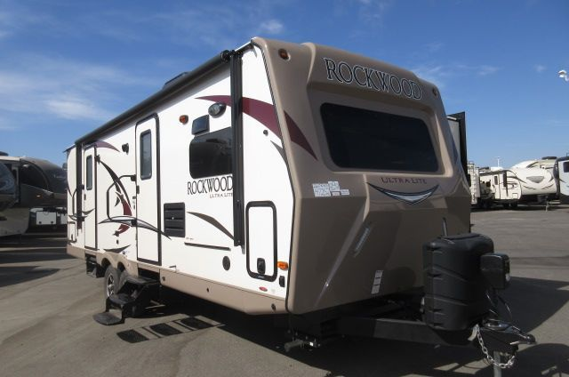 2017 Forest River Rockwood Ultra Lite 2608WS Solid Surface