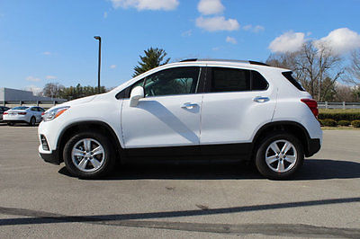 2017 Chevrolet Trax FWD 4dr LT FWD 4dr LT New SUV Automatic Gasoline 1.4L 4 Cyl Summit White