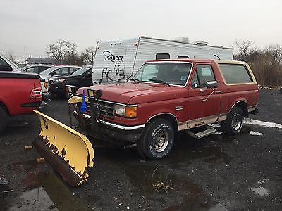 1988 Ford Bronco EDDIE BAUER FORD BRONCO WITH PLOW