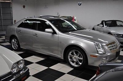 2007 Cadillac STS NAVIGATION - DEALER SERVICE - SHOWROOM CONDITION X-CLEAN - CERTIFIED CARFAX - NAVIGATION - DEALER SERVICED - HEAT/COOL SEATS