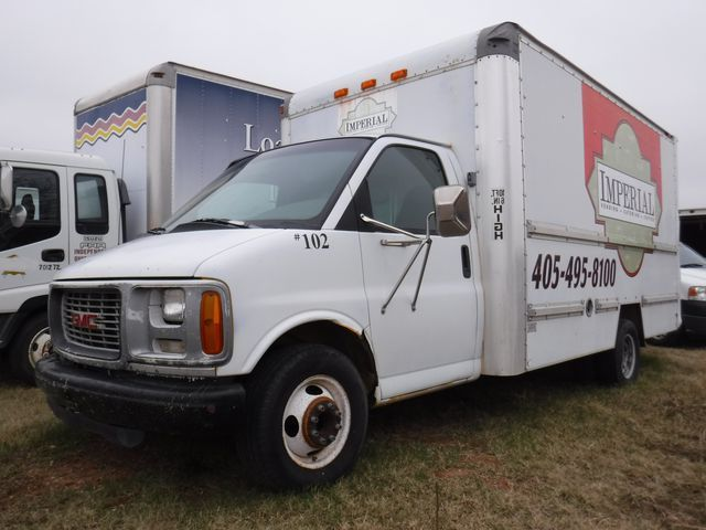 1999 Gmc Savana  Box Truck - Straight Truck