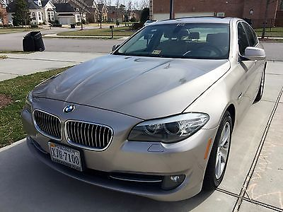 2011 BMW 5-Series 2011 BMW 5-Series 528i 4-Door Sedan