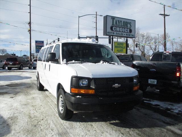 2015 Chevrolet Express Passenger LS 3500 3dr Extended Passenger Van w/1LS