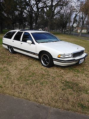 1993 Buick Roadmaster Estate Wagon Wagon 4-Door 1993 Buick Roadmaster Estate Wagon Wagon 4-Door 5.7L