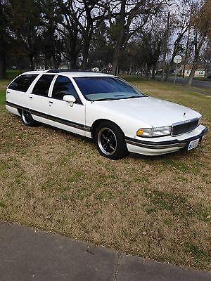 1993 Buick Roadmaster Estate Wagon Wagon 4-Door 1993 Buick Roadmaster Estate Wagon Wagon 4-Door 5.7L