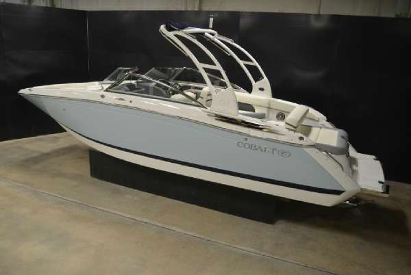 2015  Cobalt Boats  26SD